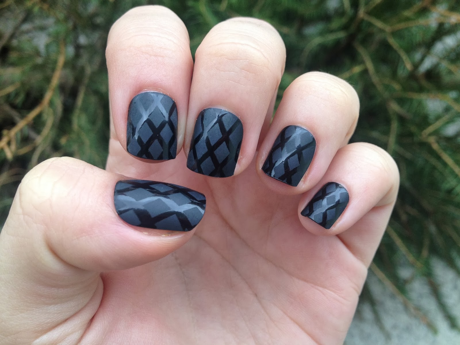 H&M FALSE NAILS REVIEW | lindasaidmeow: words,fashion & stuff from ...