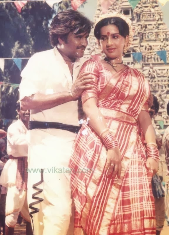 Rajinikanth & Ambika in 'Padikkathavan' (1985) Tamil Movie 3