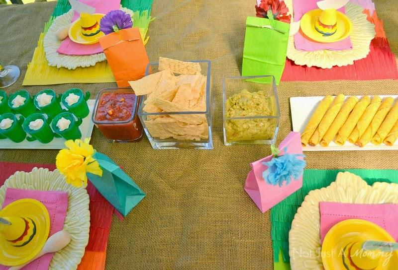 Cinco De Mayo party table