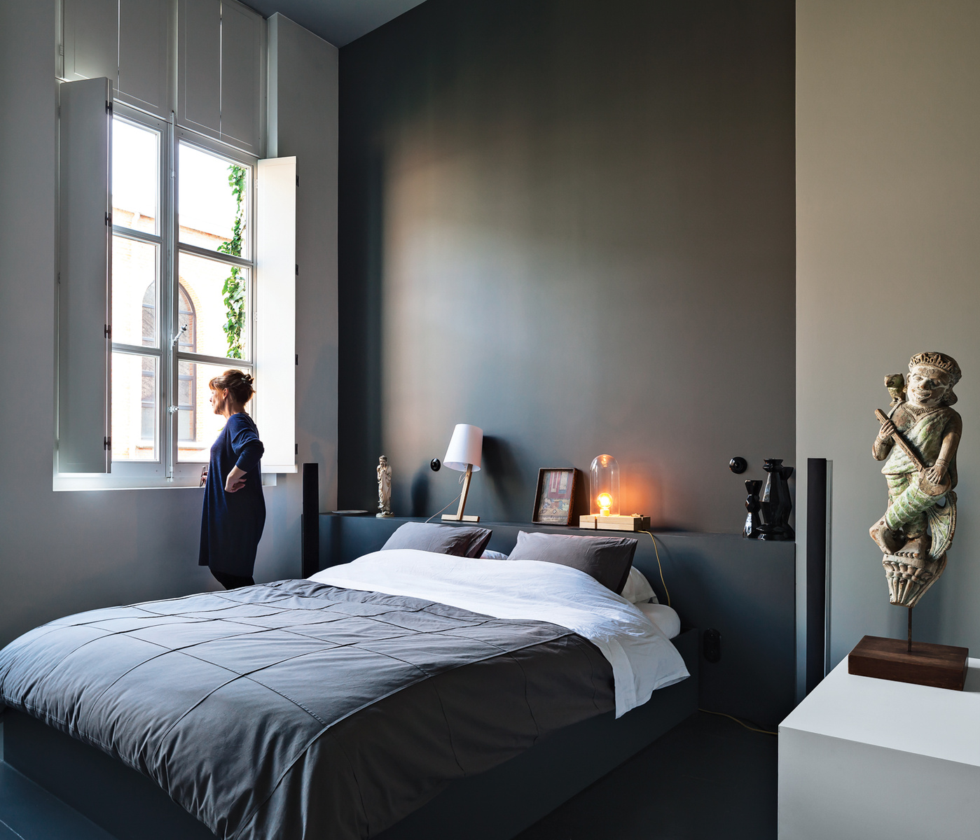 m chant studio blog the house gallery of valerie traan. Black Bedroom Furniture Sets. Home Design Ideas