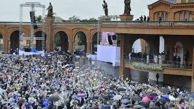 #JMJRio2013: A missa do Papa em Aparecida: Francisco conclui celebração prometendo voltar ao Brasil em 2017