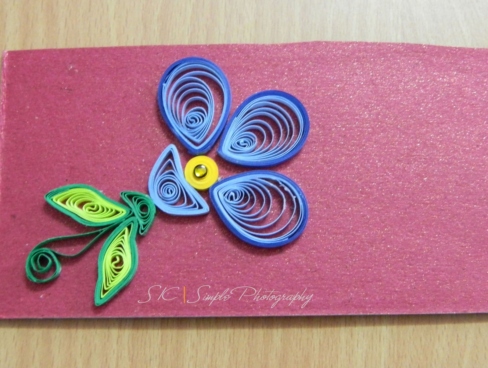Green theme for paper quilling designs creative art for Paper quilling paper