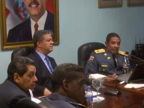 Presidente Fernández se reúne con plana mayor de la PN