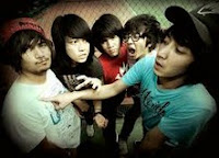 I Hang Out With Zombie Without Being One Of Them - Pee Wee Gaskins