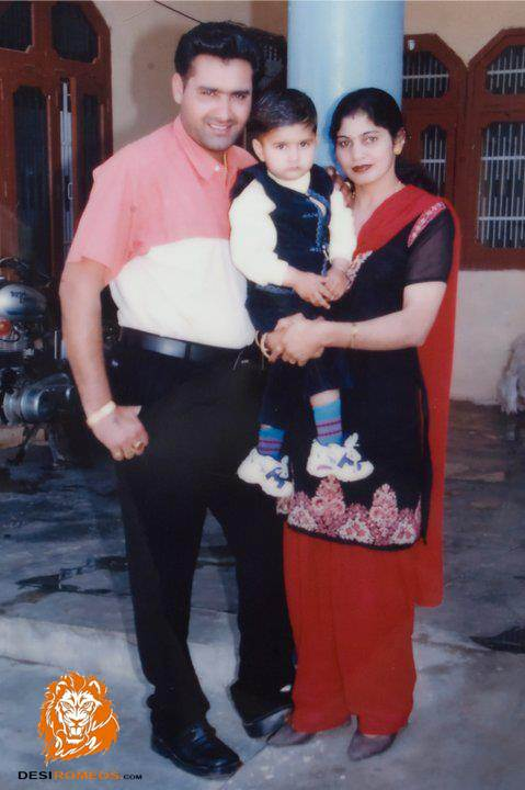 KULWINDER DHILLON WITH HIS FAMILY ~ ::THE MUSIC PUMP::