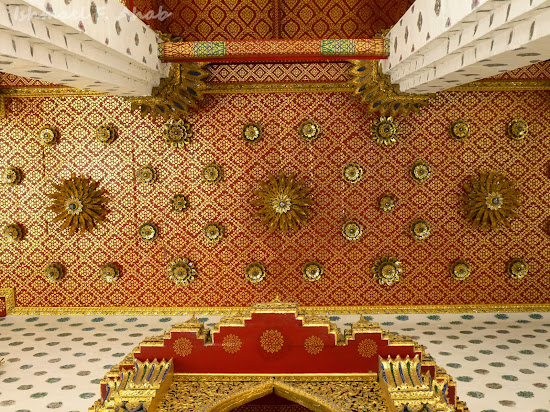 Ceiling of Wat Arun ubosot