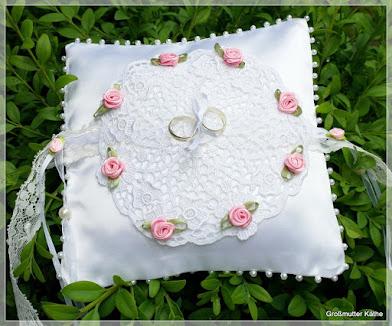 Neu in Käthes Nähstunde Ringkissen zur Hochzeit