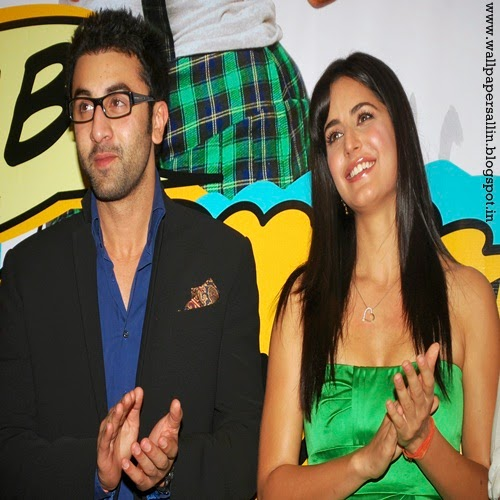 katrina kaif and ranbir kapoor kiss