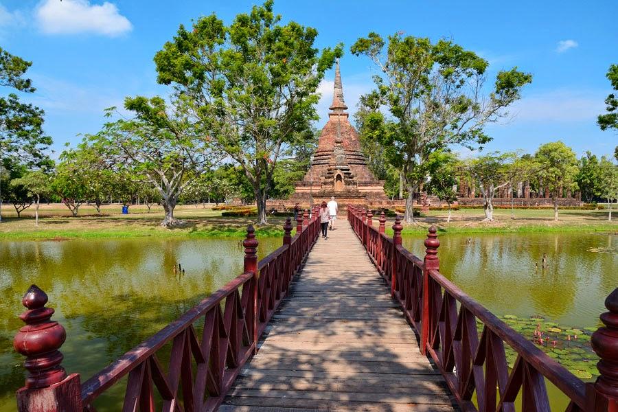 Wat Sa Si, Sukhothai