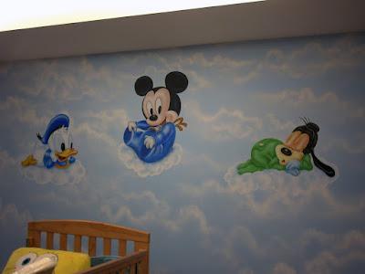 Mural bebes disney en nubes for Crea tu mural disney
