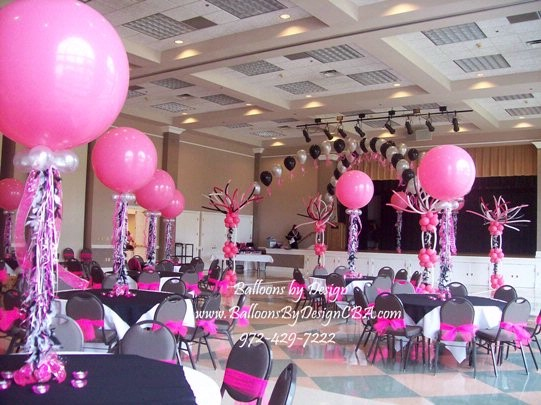 Example wedding decoration balloon wedding decorations for Balloon decoration for parties