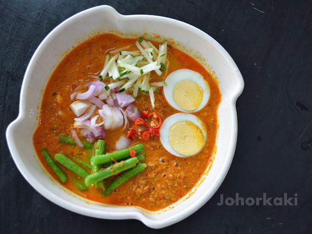 Thai-Laksa-Fat-Mom-Restaurant-Taman-Pelangi-Johor-Bahru