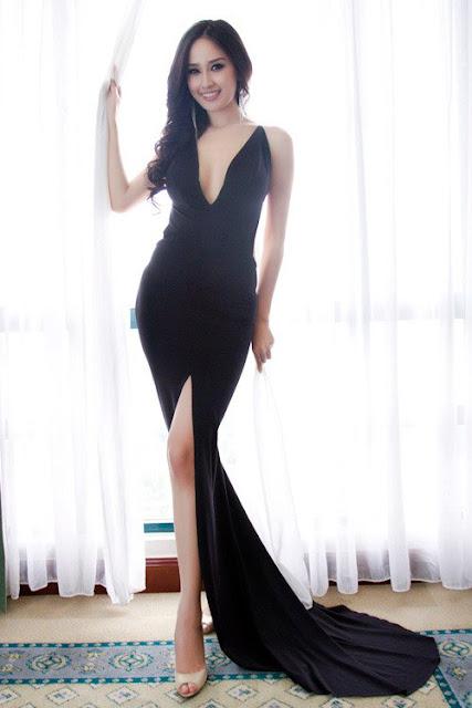 """Thiết kế váy dạ hội với cổ áo chữ V xẻ sâu táo báo bạo đã giúp Mai Phương Thúy tỏa sáng và trở thành """"Nữ hoàng thảm đỏ""""."""