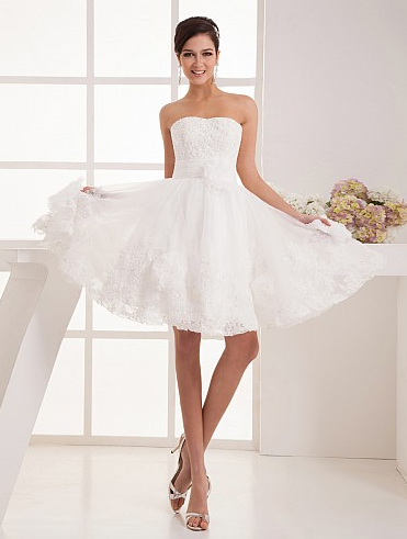 http://www.artweddings.com/appliqued-organza-short-a-line-wedding-dress-with-floral-decor-awhswd4u1345-en/