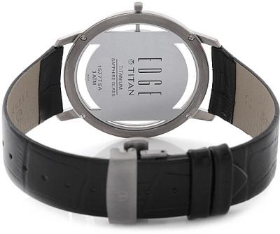 nên chọn đồng hồ titan