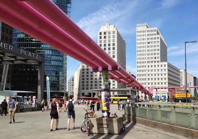 tubi rosa Berlino