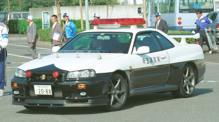 Nissan Skyline GT-R R34 police  警察 japoński policyjny samochód
