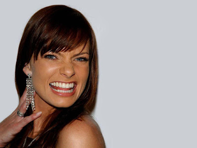 Jaime Pressly Smiling Wallpapers