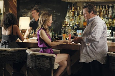 Modern Family: Friends With Benefits