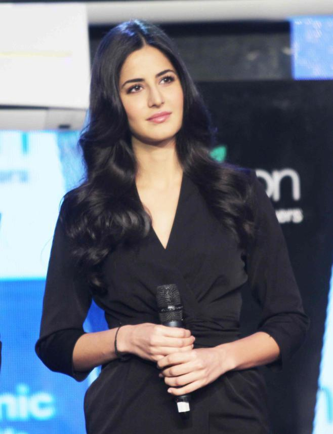 katrina kaif new latest wallpapers 2012 hot wallpapers in