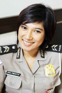 Most Beautiful Police Woman