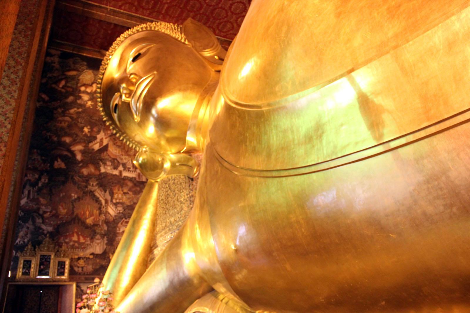 Lying Buddha in Bangkok Thailand & Wat Pho Temple of Reclining Buddha - Thailand islam-shia.org