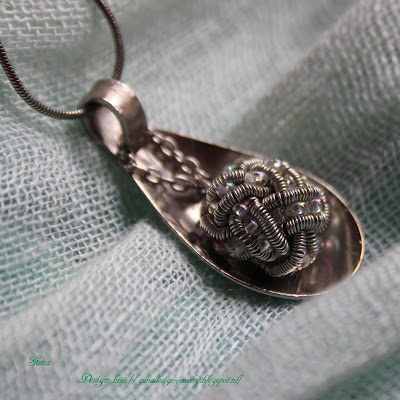 Handmade Spoon jewelry with Celtic Eternity wire knot made by gunadesign
