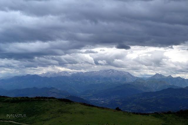 Picos de Europa desde La Sierra del Sueve