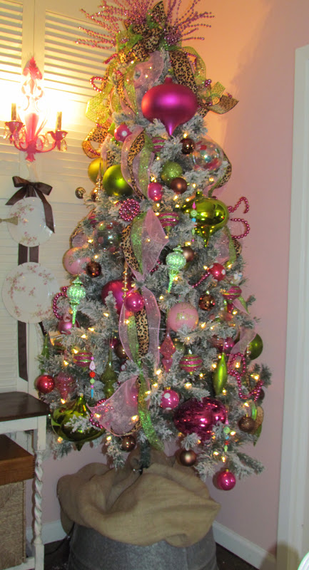 There 39 s no place like home how i decorate my christmas trees How do i decorate my christmas tree with ribbon