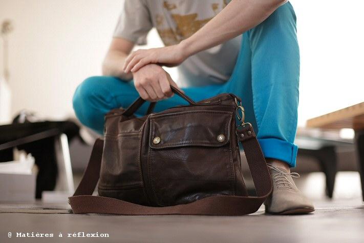 Cabas Besace Homme en cuir marron L'Atelier Matières à réflexion