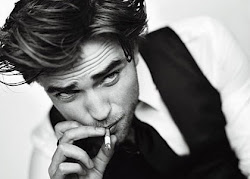 Robert Pattison (L)