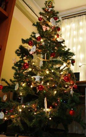 La cocina de maricarmen galletas para arbol de navidad for Arbol de navidad con bolas rojas