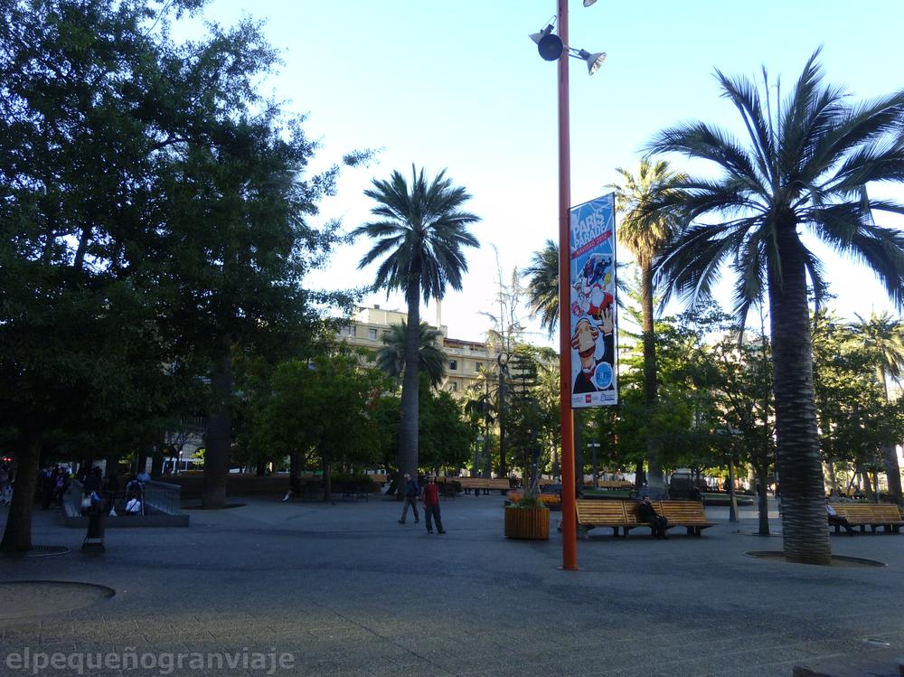 Santiago de Chile, Chile, Plaza de Armas, Pedro de Valdivia