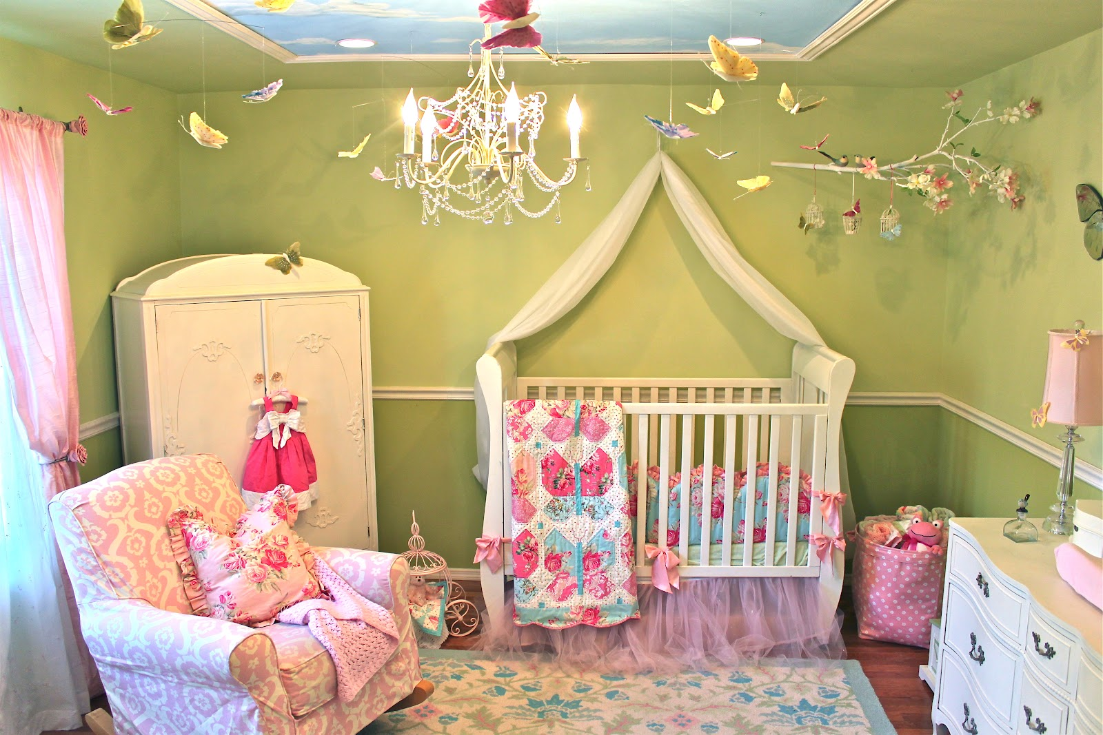 B inspired baby brooke 39 s princess room perfect for a for Diy princess room ideas
