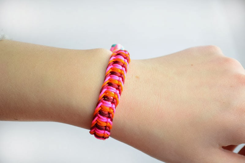 Heart Pattern Friendship Bracelet
