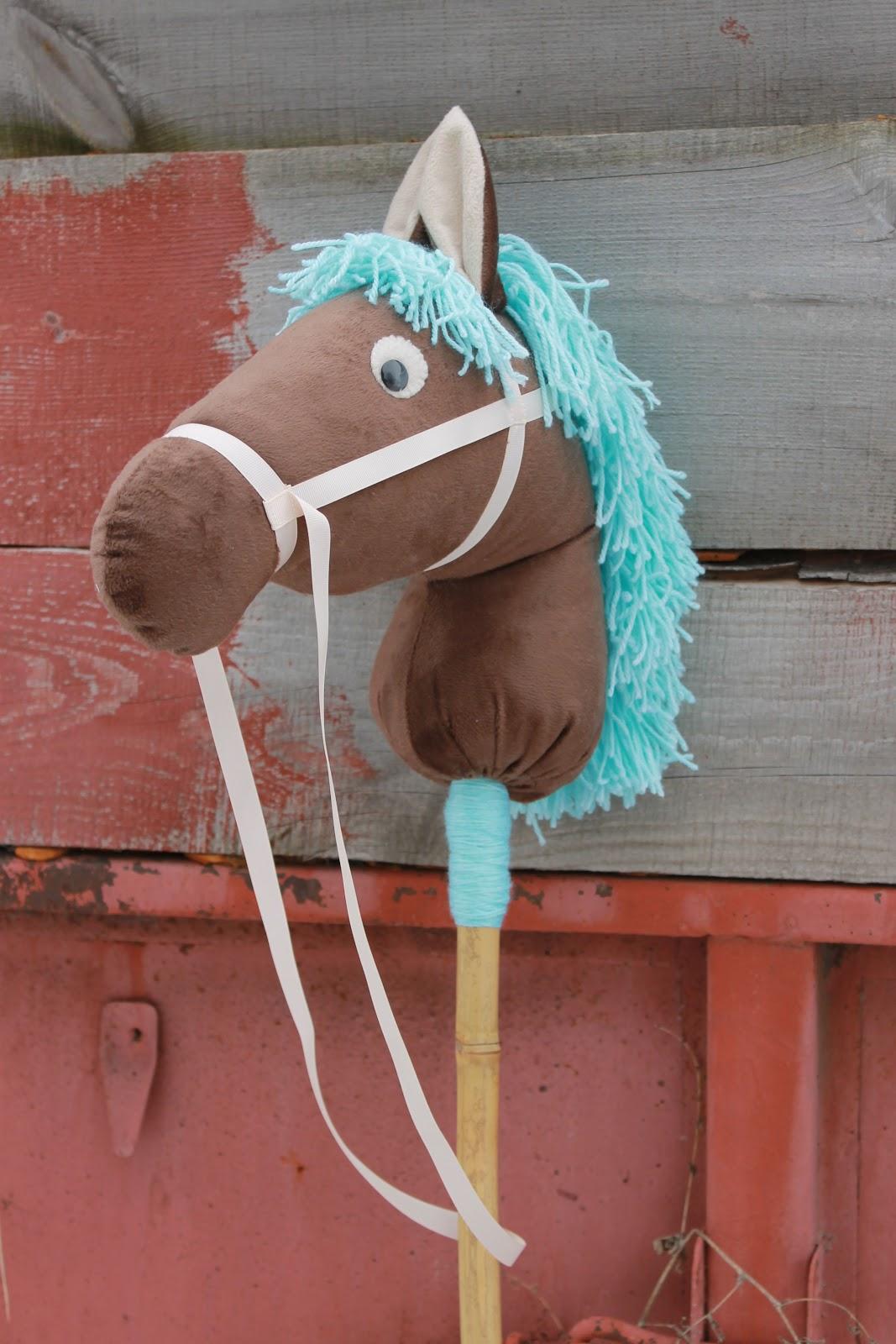 Лошадь из бутылок пластиковых своими руками фото