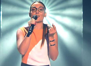 Raquel canta Halo de Beyoncé