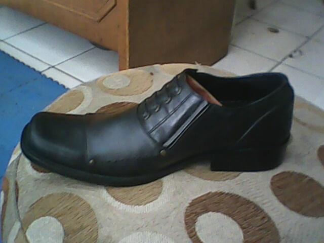 sepatu aigner yang bagus