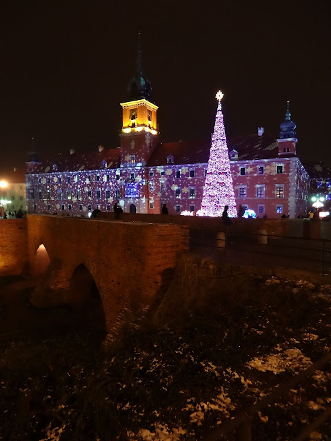 Iluminacja ECO-LED na Placu Zamkowego A.D. 2012