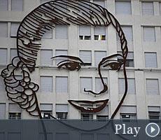 ARGENTINA | La presidenta Fernández inaugura la obra Evita ya es como el 'Che' Guevara