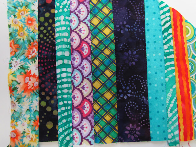 fabric strips for the feather block