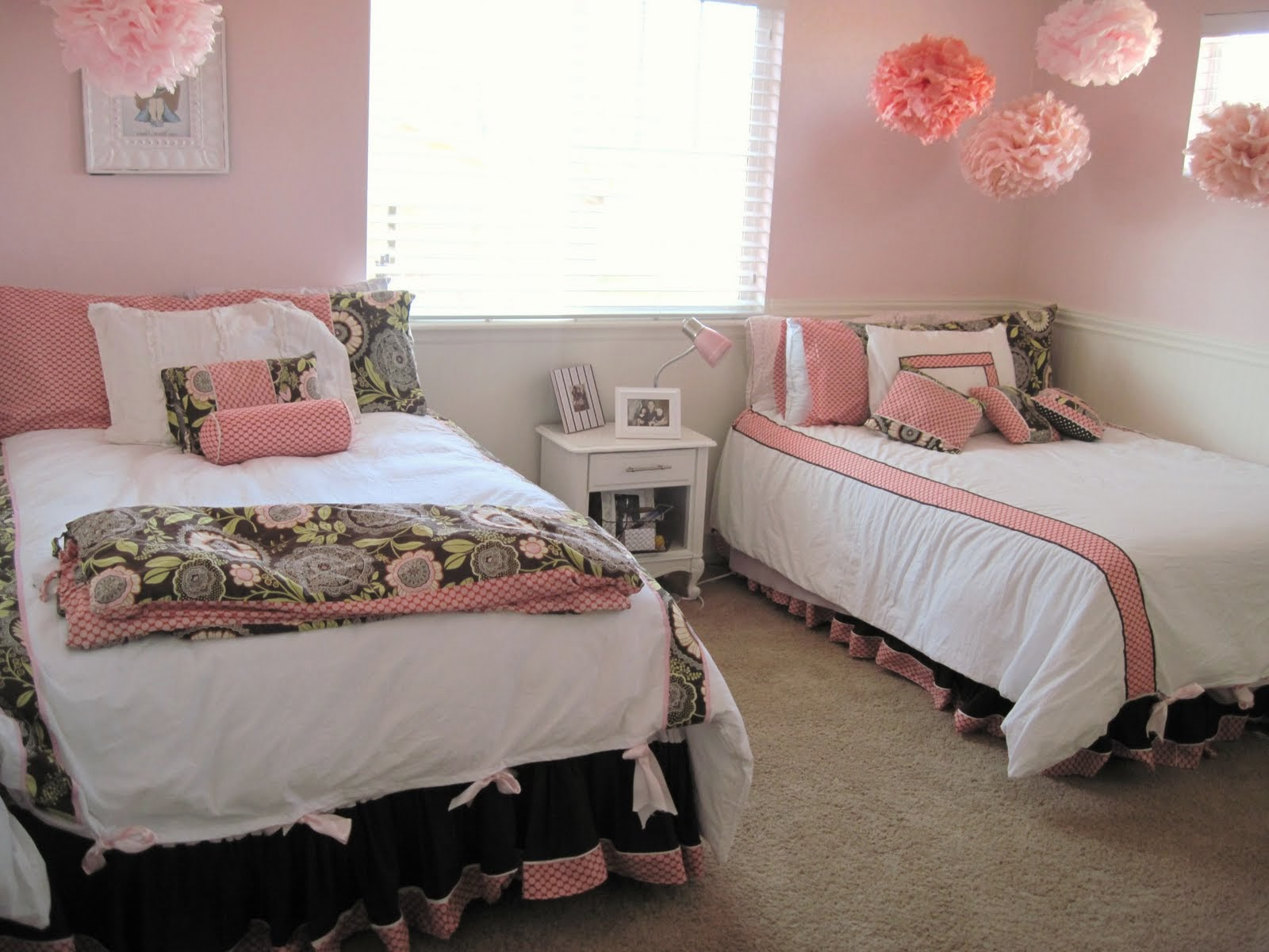 Pink Dorm Room Ideas For Girls Two Beds Part 89