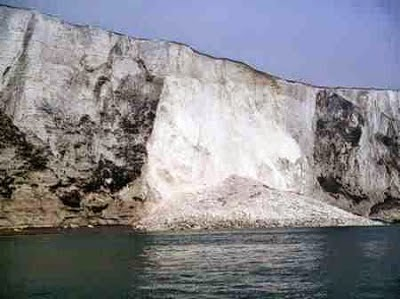 http://sciencythoughts.blogspot.co.uk/2012/03/section-of-white-cliffs-of-dover.html