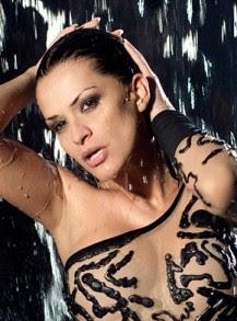 много сексапилни мокри кадри на Преслава