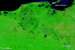 Satellitenbild Flut in Mexiko - Río Usumacinta Tabasco, Sturmflut Hochwasser Überschwemmung, Mexiko, Tabasco, Satellitenbild Satellitenbilder, Oktober, 2011, aktuell, NASA, Video,