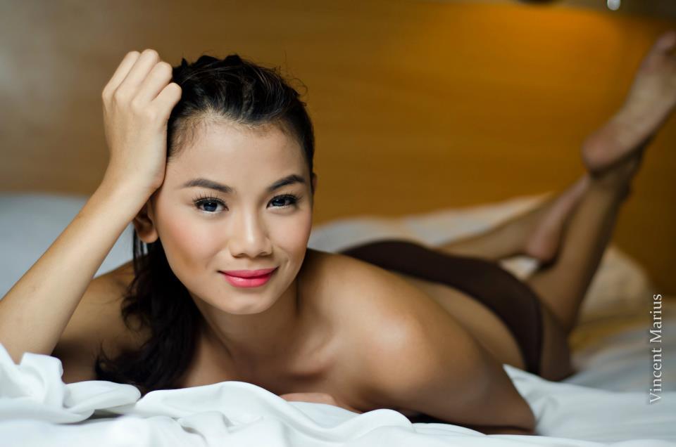 danica torres sexy topless photos 04