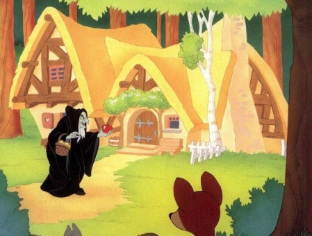 Dibujo: La bruja llevando la manzana envenenada a Blancanieves