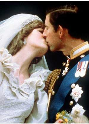Ciuman Pangeran Charles – Putri Diana
