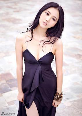 Model China Han wenwenWenwen Han Bikini