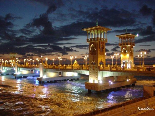 صور محافظة الاسكندريه بالليل - صور الاسكندريه مساءاً - صور اماكن سياحية فى الاسكندريه ليلا